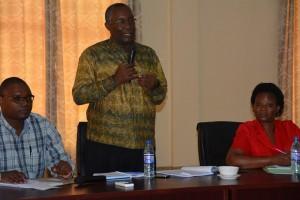 Profesa Lawrence Museru