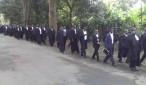 Mawakili wa kujitegemea wakiandamana kuelekea Ofisi ya Kamanda wa Polisi Mkoa wa Arusha kupinga vitendo vya ukiukwaji wa sheria za nchi na kazi za uwakili unaodaiwa kufanywa na Jeshi la Polisi.