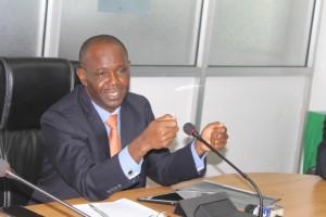 Waziri wa Ujenzi, Uchukuzi na Mawasiliano, Profesa Makame Mbarawa.