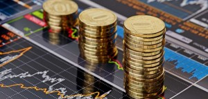 gold-coins-on-bond-market-640-702x336